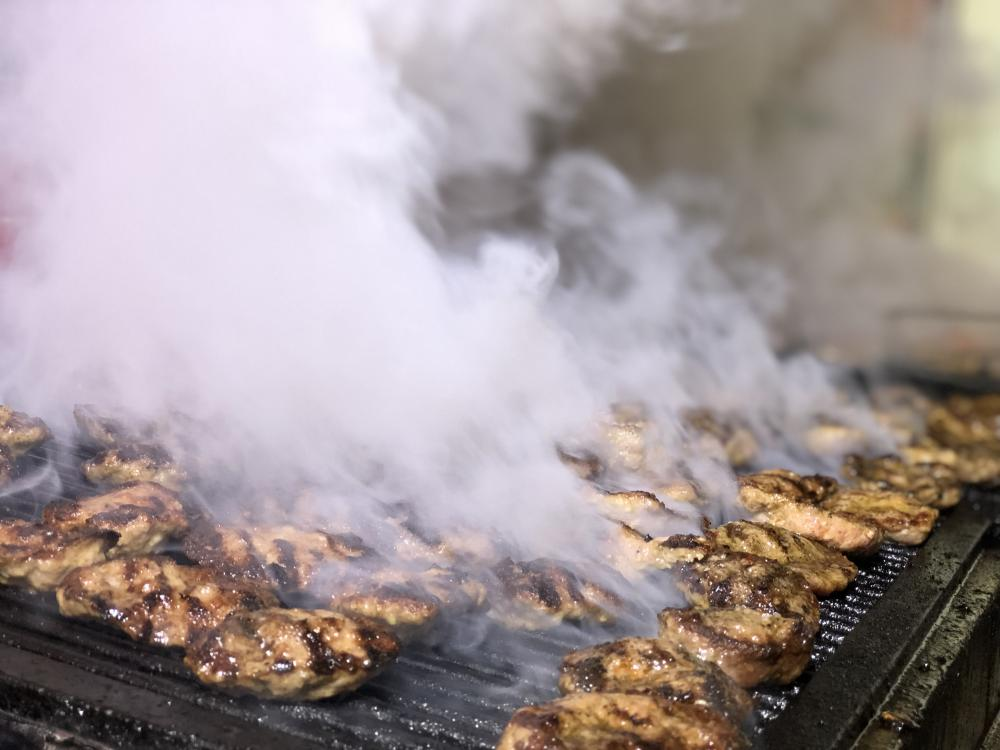 Köfteci Kara ile Etin Tadı damağınızda kalacak